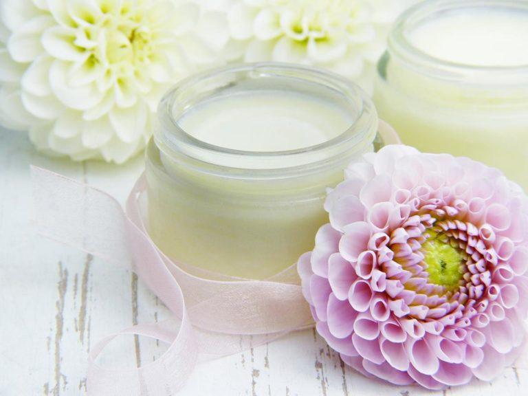 Jak wybrać najlepsze kosmetyki dla naszej skóry?